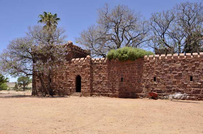 Namibia Haus Kaufen weg auf zeit